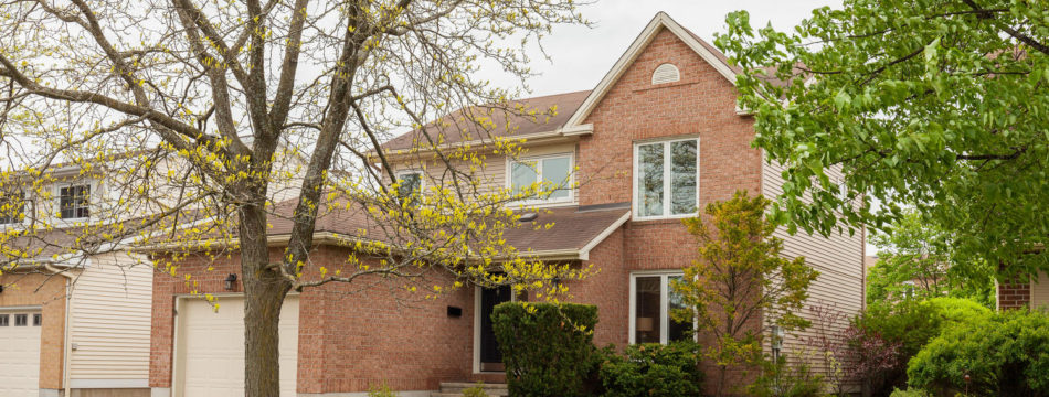 Photo of ***SOLD*** 425 Rougemount Cr. – 4 Bedroom Single Home, Great Quiet Family Neighborhood